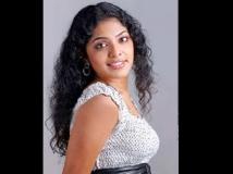 https://telugu.filmibeat.com/img/2011/10/05-rima-kallingal05-300.jpg