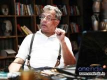 https://telugu.filmibeat.com/img/2014/09/23-girish-karnad-goes-court-600.jpg