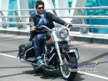 https://telugu.filmibeat.com/img/2015/03/11-1426051600-allu-arjun-bike-600.jpg