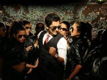 https://telugu.filmibeat.com/img/2015/04/27-1430114048-nalo-okkadu-678.jpg