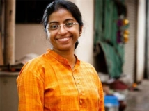 https://telugu.filmibeat.com/img/2016/06/sunitha-victim-666-22-1466603770.jpg