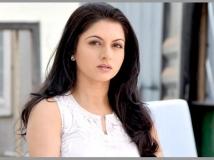 https://telugu.filmibeat.com/img/2017/02/bhagyashree-28-1488291147.jpg