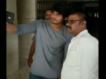 http://telugu.filmibeat.com/img/2017/07/puri-jaganath-son-selfi-641-20-1500543654.jpg