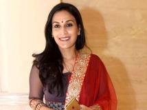 https://telugu.filmibeat.com/img/2017/08/aishwarya-dhanush-682-22-1503381970.jpg