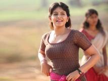 http://telugu.filmibeat.com/img/2017/08/anjali-642-16-1502874882.jpg