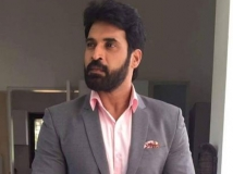 https://telugu.filmibeat.com/img/2017/10/subbaraju-665-12-1507775864.jpg