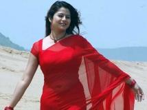 http://telugu.filmibeat.com/img/2018/05/sangeetha-4-1527416377.jpg