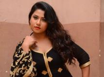 https://telugu.filmibeat.com/img/2018/11/actressjyothi-607-1541501200.jpg