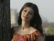 https://telugu.filmibeat.com/img/2019/04/ayesha-04-1556108868.jpg