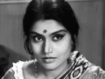 http://telugu.filmibeat.com/img/2019/06/ruma-guha-thakurta-1559568854.jpg