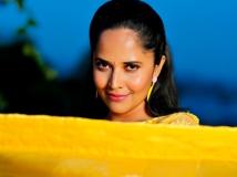 http://telugu.filmibeat.com/img/2019/07/anasuya-1-1564457066.jpg