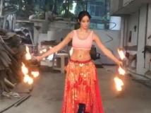 https://telugu.filmibeat.com/img/2019/08/nora-fatehi-1-1564631537.jpg