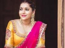 https://telugu.filmibeat.com/img/2019/08/rashmi-gautam-111-1564656384.jpg