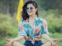 https://telugu.filmibeat.com/img/2019/08/sunnyleone1-1565702543.jpg