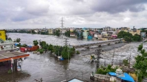 https://telugu.filmibeat.com/img/2020/10/hyderabad-rains-333-1603192576.jpg