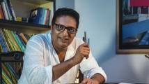 http://telugu.filmibeat.com/img/2020/10/prakash-raj-145431103110-1601733553.jpg
