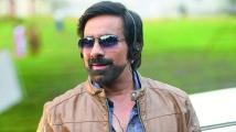 http://telugu.filmibeat.com/img/2020/11/ravi-teja-12-1606134938.jpg