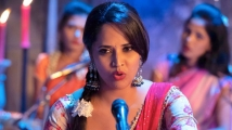 https://telugu.filmibeat.com/img/2021/02/anasuya-chavu-kaburu-challaga-1-1614428086.jpg