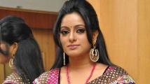 https://telugu.filmibeat.com/img/2021/05/udaya-bhanu-daughters-675-1620105932.jpg