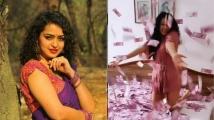 https://telugu.filmibeat.com/img/2021/06/apsararani1-1624546344.jpg