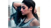 https://telugu.filmibeat.com/img/2021/06/nusratjahan-1624457710.jpg