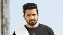 https://telugu.filmibeat.com/img/2021/06/santhanam-1623767714.jpg