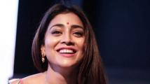 https://telugu.filmibeat.com/img/2021/06/shriya-saran-112-1622617553.jpg