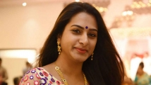 https://telugu.filmibeat.com/img/2021/06/surekha-vani-3-1584243948-1597810352-1622965081.jpg