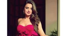 https://telugu.filmibeat.com/img/2021/07/ameesha-patel-3-1625201672.jpg