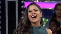 https://telugu.filmibeat.com/img/2021/07/prashanthi-intinti-7-1627009661.jpg