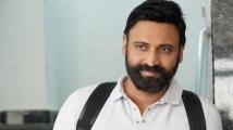 https://telugu.filmibeat.com/img/2021/07/sumanth-interview-1-1627565640.jpg