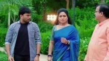 https://telugu.filmibeat.com/img/2021/07/vadinamma6-1627449210.jpg