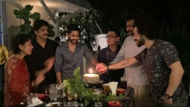 https://telugu.filmibeat.com/img/2021/09/aamirkhan1-1632494594.jpg