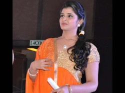 Anchor Shyamala Confirms Her Pregnancy