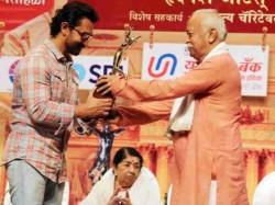 Aamir Khan Finally Attends An Award Function After 16 Years