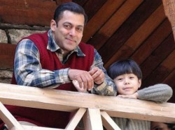 Tubelight Movie Review Salman Fails Leave An Impact