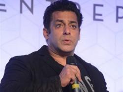 Vhp Says Won T Allow Screening Salman Khan S Loveratri