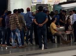 Aravindha Sametha Shooting At Metro Station