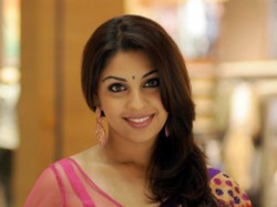 Richa Gangopadhyay Changed Her Twitter Status As Former Film Actress