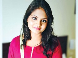 Gayathri Arun Slams Netizen Dirty Comment
