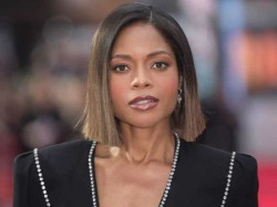 Naomie Harris A Big Hero Put Hand In My Skirt