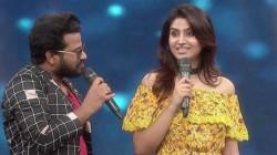 Varshini Satire On Hyper Aadi In Dhee