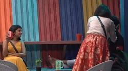 Monal Gajjar Gives Lovely Kiss To Mukku Avinash Creates Fun And Viral
