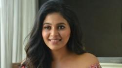 Anjali Interview About Vakeel Saab Pawan Kalyan Claps For Actor Performance
