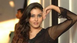 Namitha Reveals Prithviraj Sukumaran Is Her Favorite Hero