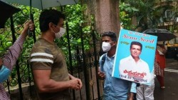 Sonu Sood S Fan Walked Barefoot From Hyderabad To Mumbai Sonu Urges Not To Do Suchthings