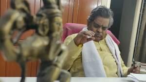 'రంగమార్తాండ' కోసం రంగంలోకి.. సిరివెన్నెలపై కృష్ణవంశీ పోస్ట్
