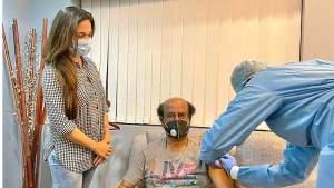 Rajinikanth: ఇక కరోనా అంతు చూద్దాం.. కోవిడ్ వ్యాక్సిన్ తీసుకొన్న సూపర్ స్టార్!