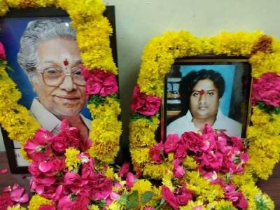 ప్రముఖ దర్శకుడు దుర్గా నాగేశ్వర రావు కన్ను మూత !